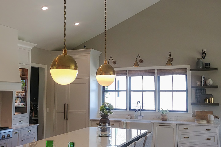 kitchen, Kitchen lighting, brass, home interiors, interiors, kitchen ideas, TinaCarterEBA.com, real estate, realtor, buying a home, Exclusive Buyer's agent, design blog, BIAparade, Parade of Homes